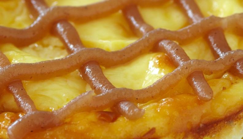 Cheesecake se sezamovými sušenkami, slunečnicovými semínky a mákem